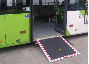 Electric Steel Disabled Wheelchair Ramp Extant Steadily For City Pubilic Bus